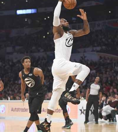 0249911e9fe5 STEPHEN  LOS ANGELES  Team LeBron rallies to beat Team Stephen in All-Star  classic – Aseanews