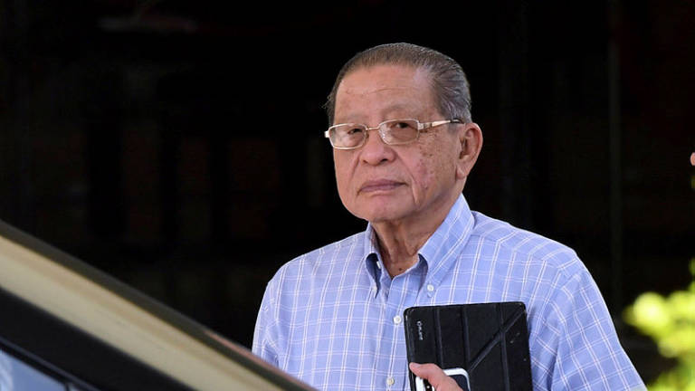 Aseanews Headline (POLITICS):  PETALING JAYA- Kit Siang sets rules for those wishing to jump ship to Pakatan