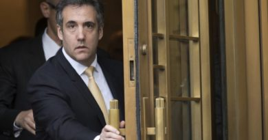 AMERICAS: NEW YORK, USA-  FBI tracked Michael Cohen's phones with controversial device