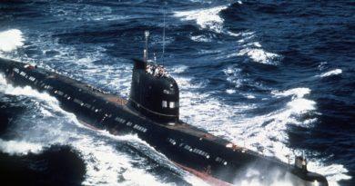 THE DAILY PLANET:  Soviet Submarine Nearly Started World War III