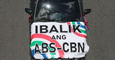 MEDIA-ABS-CBN FRANCHISE:  Poe slams double standard on ABS-CBN, Mislatel