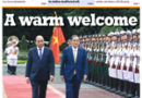 ASEAN HEADLINE: HANOI- A WARM WELCOME- Japanese PM meets with students of Vietnam-Japan University