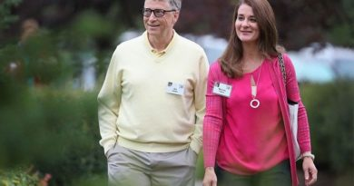 MEDIA-MICROSOFT CORP: WASHINGTON-  Bill Gates left Microsoft board amid probe into relationship—report